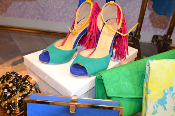 drerichにしかないカラフルな靴や珍しい色や柄のクラッチ