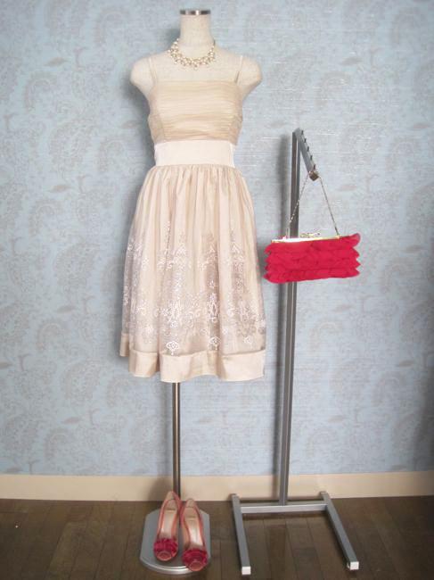 ao_nr_dress_180