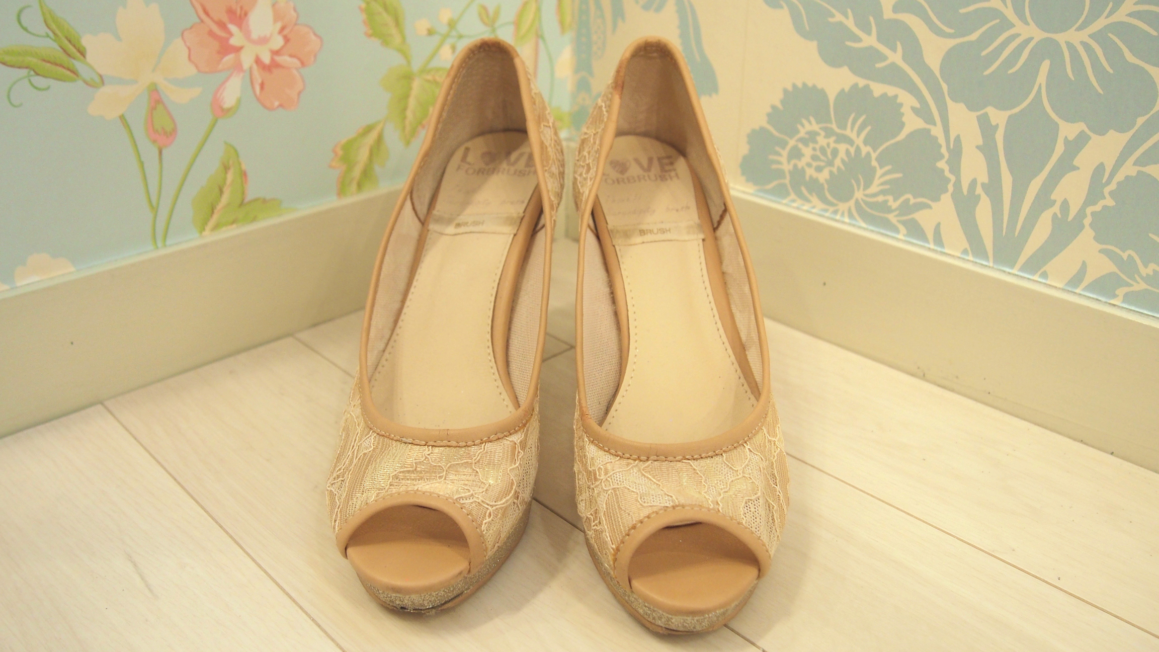 nr_shoes_012
