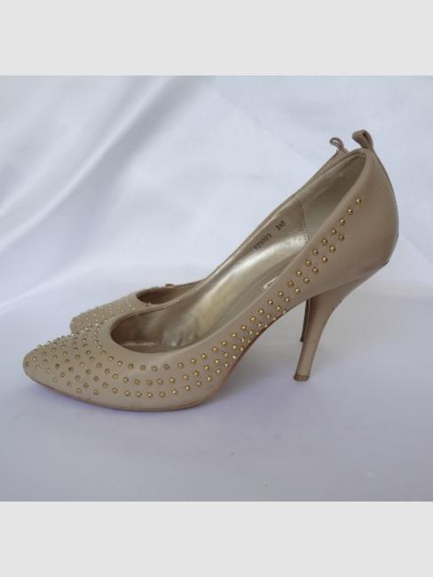 om_nr_shoes_031