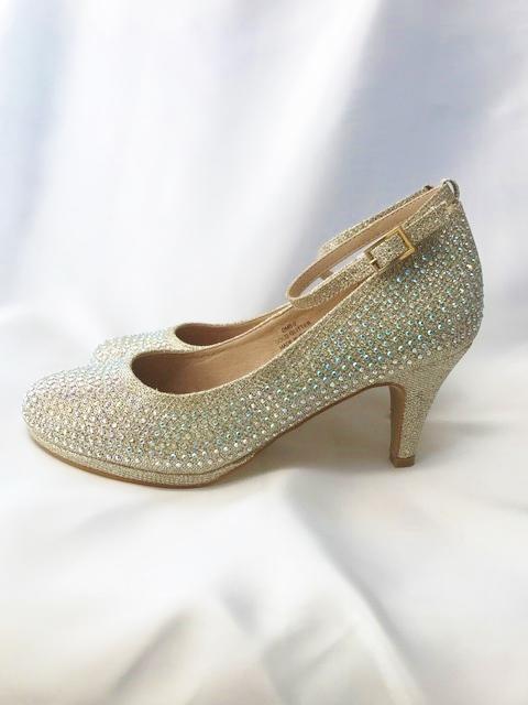 om_nr_shoes_110